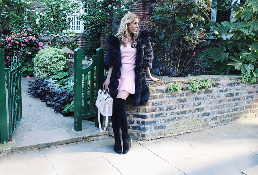 LONDON PINK OUTFIT